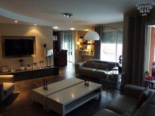 Maison contemporaine Atelier JP Bouvee Salon moderne