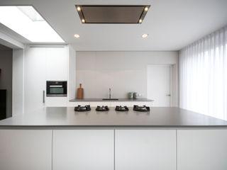 Ecker Keukens en Interieur Cocinas de estilo moderno