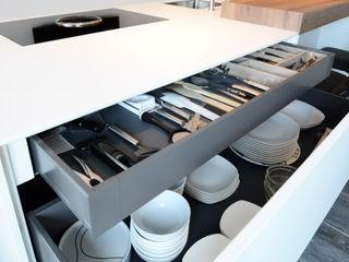 Ecker Keukens en Interieur Modern Kitchen