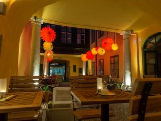 Café Latte Wien - Barlooon für den Aussenbereich Barlooon Germany GmbH Ausgefallene Bars & Clubs Mehrfarbig
