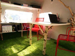 Jardin boheme Moderne Bürogebäude
