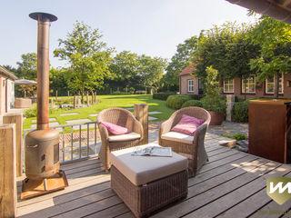 Landelijke achtertuin met stoer paviljoen Van Mierlo Tuinen   Exclusieve Tuinontwerpen Landelijke tuinen