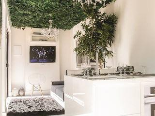 AD ARQUITETURA E DESIGN Soggiorno moderno Pietra Bianco