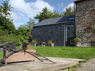 Skyber Barn Innes Architects ラスティックな 家 スレート