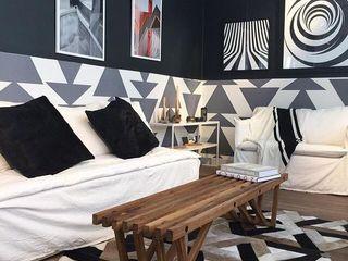 Arquitecto Alejandro Sticotti Living roomSide tables & trays