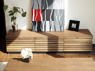 Live Sumai - アズ・コンストラクション - Living roomStorage Wood Wood effect