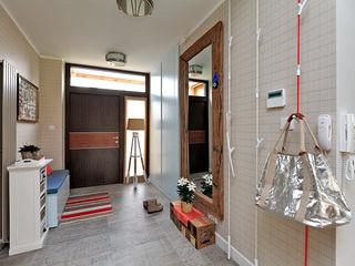 Marchitektka Modern Corridor, Hallway and Staircase