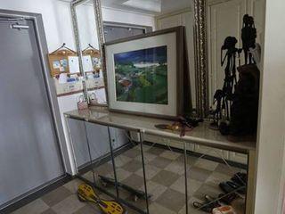 구름집 02-338-6835 Modern corridor, hallway & stairs Glass Metallic/Silver