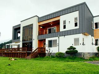 엔디하임 - ndhaim Casas de estilo moderno Madera Gris