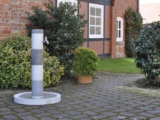 oggi-beton Modern garden Concrete