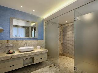 Nikhil patel residence Dipen Gada & Associates 모던스타일 욕실