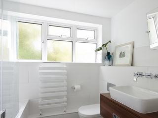 Virginia Water Apartment - Surrey Bhavin Taylor Design Kamar Mandi Modern