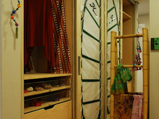 ARQ Ana Lore Burliga Miranda BedroomWardrobes & closets Bambu Green