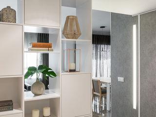 Laura Yerpes Estudio de Interiorismo Modern corridor, hallway & stairs