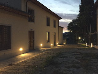 STUDIO ARCHIFIRENZE Rumah Gaya Rustic