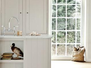 IP13 Kitchen by British Standard British Standard by Plain English ห้องครัว ไม้ Grey