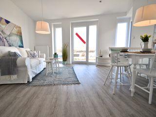 Musterwohnung an der Nordsee Karin Armbrust - Home Staging Skandinavische Wohnzimmer