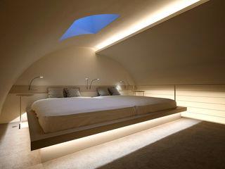 藤村デザインスタジオ / FUJIMURA DESIGIN STUDIO Dormitorios de estilo moderno Madera Blanco