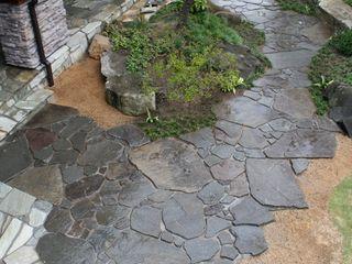 松本T邸 庭のクニフジ 庭院