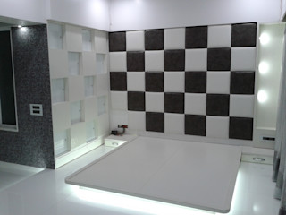 Mr Kamdar 19th Floor TRINITY DESIGN STUDIO Modern Corridor, Hallway and Staircase