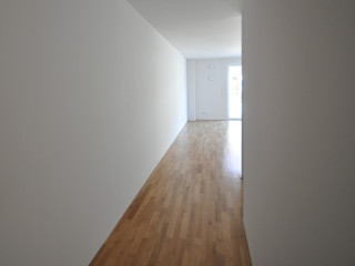 Cosy Home - Home Staging einer Mietwohnung Karin Armbrust - Home Staging Moderner Flur, Diele & Treppenhaus