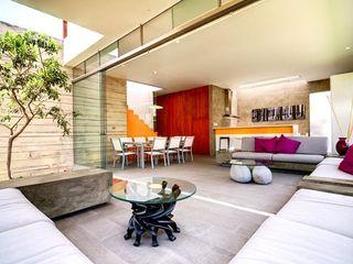 Casa Seta Martin Dulanto Ruang Keluarga Modern