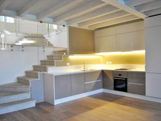 ArcKid Built-in kitchens White