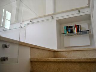 ArcKid Modern corridor, hallway & stairs White