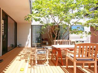 設計事務所アーキプレイス Балкон и терраса в стиле модерн