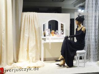 Titelbilder JUSCZYK raum+ausstattung AnkleidezimmerAccessoires und Dekoration Bernstein/Gold