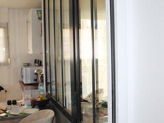 Agence ADI-HOME Ruang Makan Gaya Industrial Aluminium/Seng Black