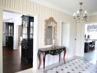 homify Walls & flooringWall & floor coverings Wood Grey