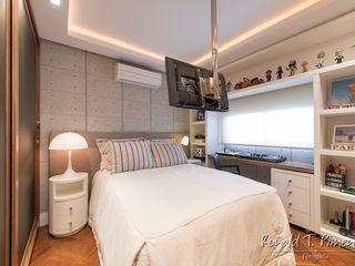 Priscila Koch Arquitetura + Interiores Modern style bedroom