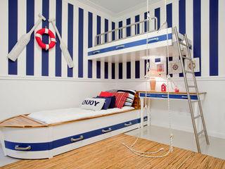 Priscila Koch Arquitetura + Interiores Nursery/kid's room