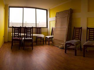 Leonardo Saavedra ONG Vivienda Local Ruang Makan Modern