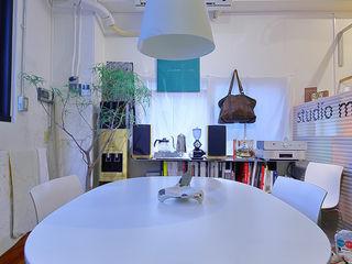 studio m+ by masato fujii Negozi & Locali commerciali in stile eclettico