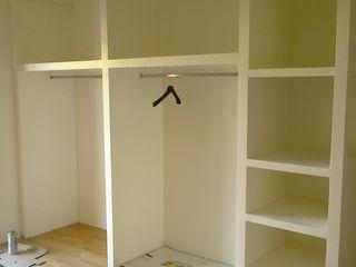 EDIL INNOVA LAB Classic style bedroom Iron/Steel White