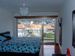 Vasco Rodrigues, arquitecto Modern Bedroom