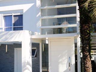 Marcelo John Arquitetura e Interiores Casas de estilo minimalista