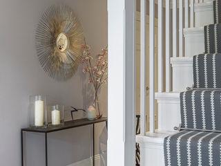 Winchester detatched Studio Hooton Modern corridor, hallway & stairs