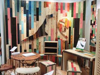 株式会社シオン Industrial style study/office Solid Wood Wood effect