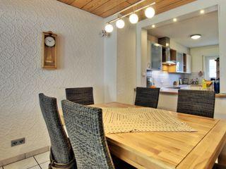 Immobilienphoto.com Ruang Makan Modern