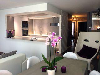 création appartement design CSInterieur Cuisine moderne Béton Blanc