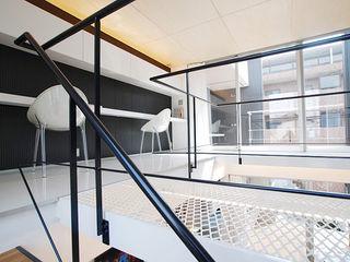 85inc. Modern style study/office Iron/Steel White
