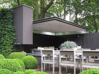 Arend Groenewegen Architect BNA Balkon, Beranda & Teras Modern