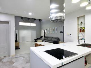 윤성하우징 Cocinas modernas