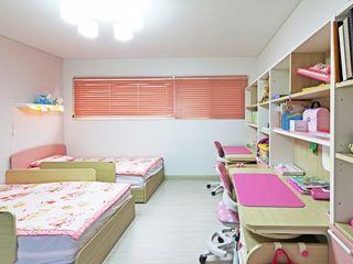 윤성하우징 Habitaciones para niños de estilo moderno