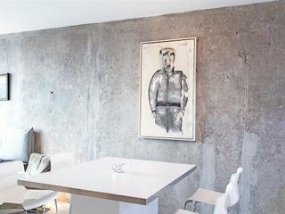 Alexander John Huston Minimalist dining room