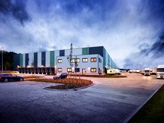 Logistikhalle mit vorbildlicher Energiebilanz Klaus Geyer Elektrotechnik Moderne Häuser