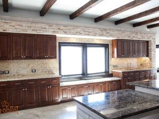 H-abitat Diseño & Interiores Cozinhas clássicas Pedra Acabamento em madeira
